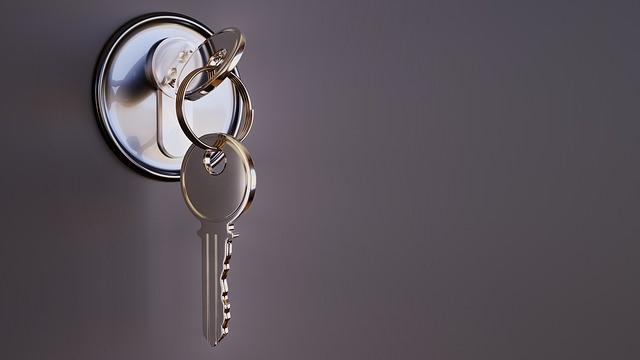 Change locks Essex and Suffolk, 24 hour locksmith Colchester Ipswich, local locksmith